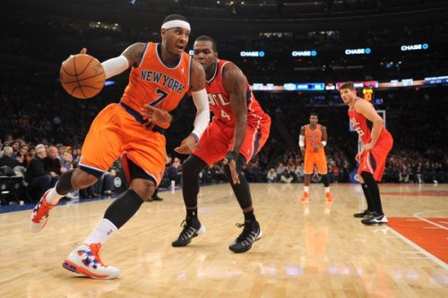 Melo driving on the Hawks via yahoosports.com